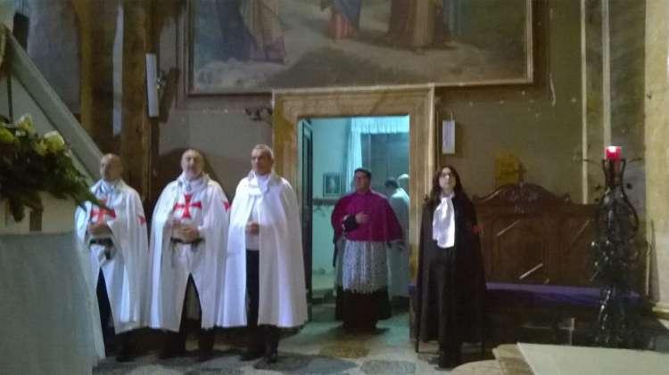 I Templari Cattolici d'Italia scrotano la Madonna Pellegrina di Fatima a Sant'Angelo Lomellina, Vigevano.