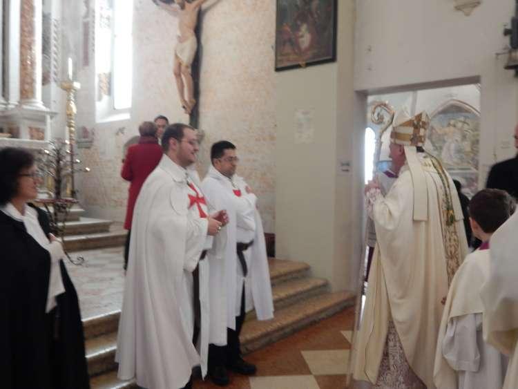 I Templari Cattolici d'Italia prestano servizio presso il Duomo Concattedrale di Pordenone per la Solennità di Natale 2018, presiede il Vescovo Sua Eccellenza Monsignor Pellegrini.