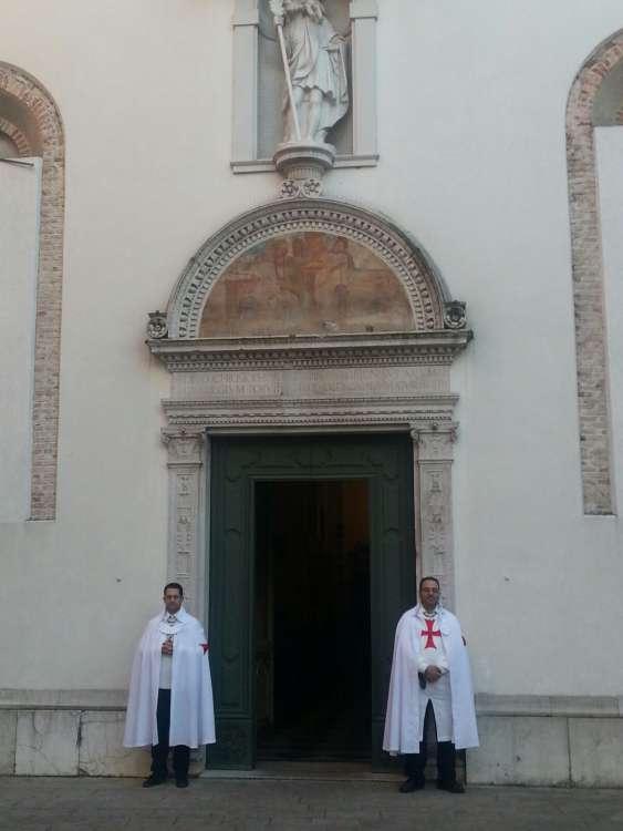 I Templari Cattolici d'Italia prestano servizio per la Solennità dell'Immacolata a Udine.