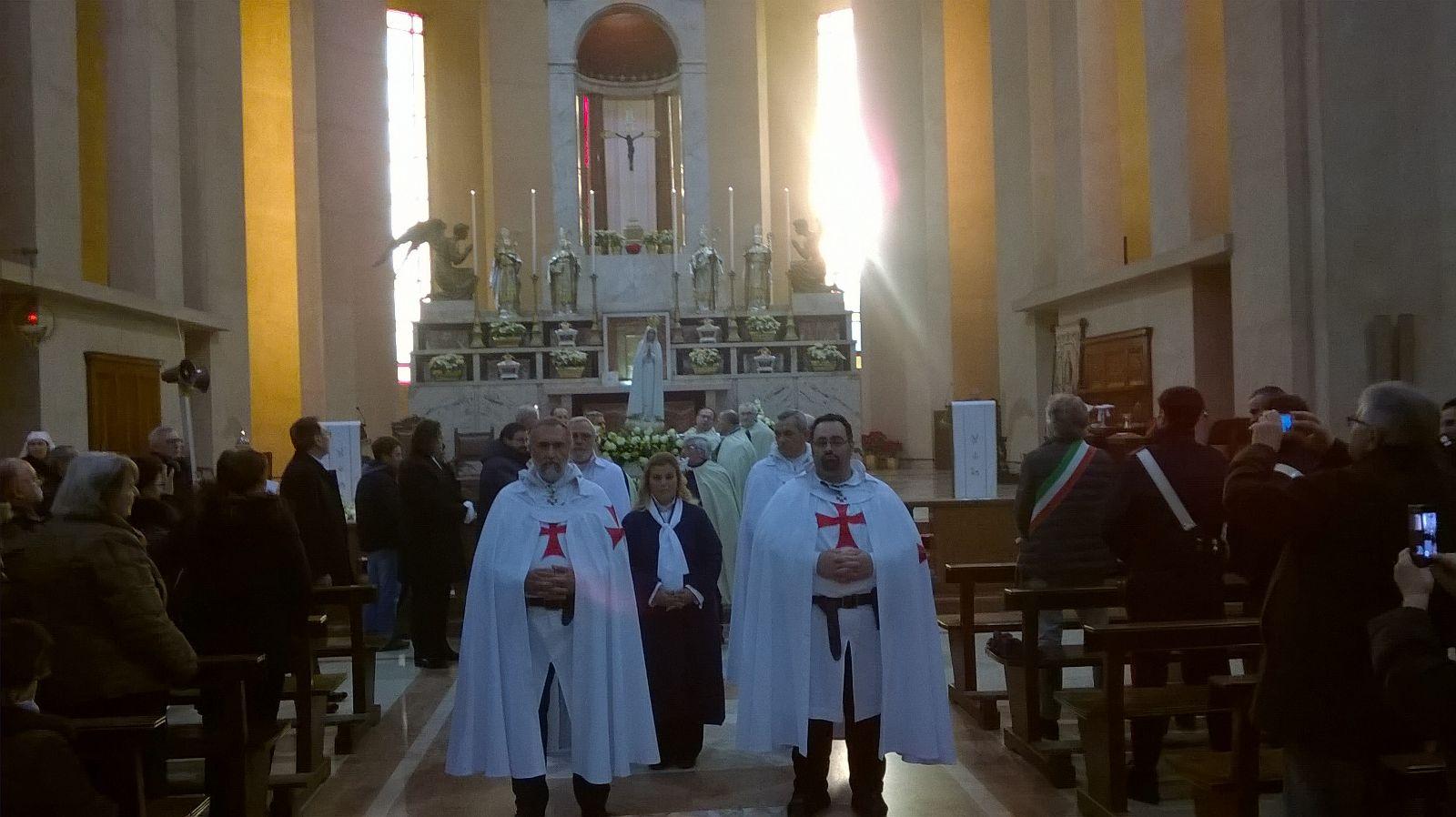 I Templari Cattolici d'Italia congedano la Madonna Pellegrina di Fatima a Meda.
