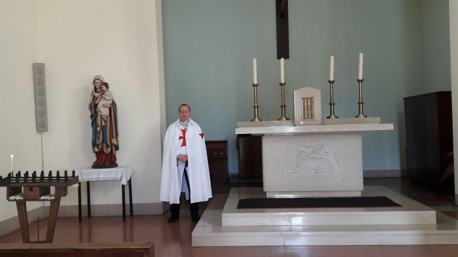 I Templari Cattolici d'Italia recitano il Santo Rosario a San Minato e custodiscono la Chiesa di Santo Stefano al Lontraino.