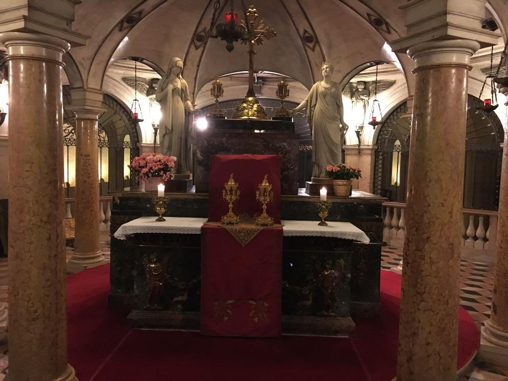 I Templari Cattolici d'Italia, in occasione delle 24 ore di Preghiera indette da Papa Francesco, partecipano ai riti proposti dalla Basilica di Sant'Andrea a Mantova.