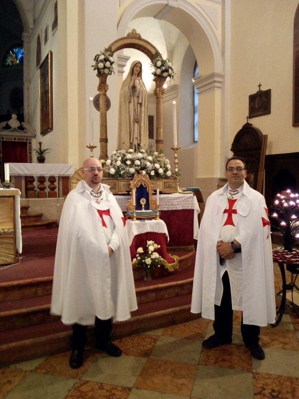 I Templari Cattolici d'Italia scortano la Madonna di Fatima di Udine.