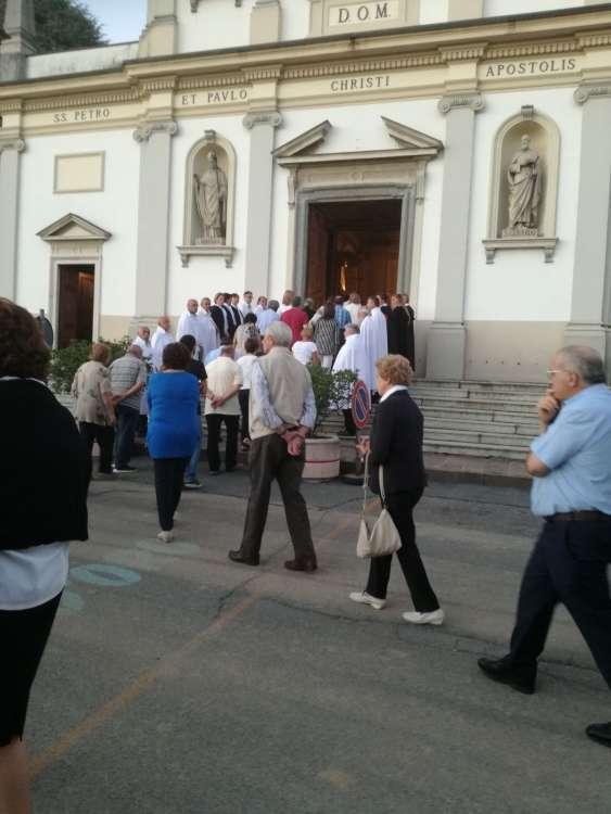 I Templari Cattolici d'Italia partecipano alla Processione presso la Chiesa Parrocchiale di Asnago di Cermenate, Como.