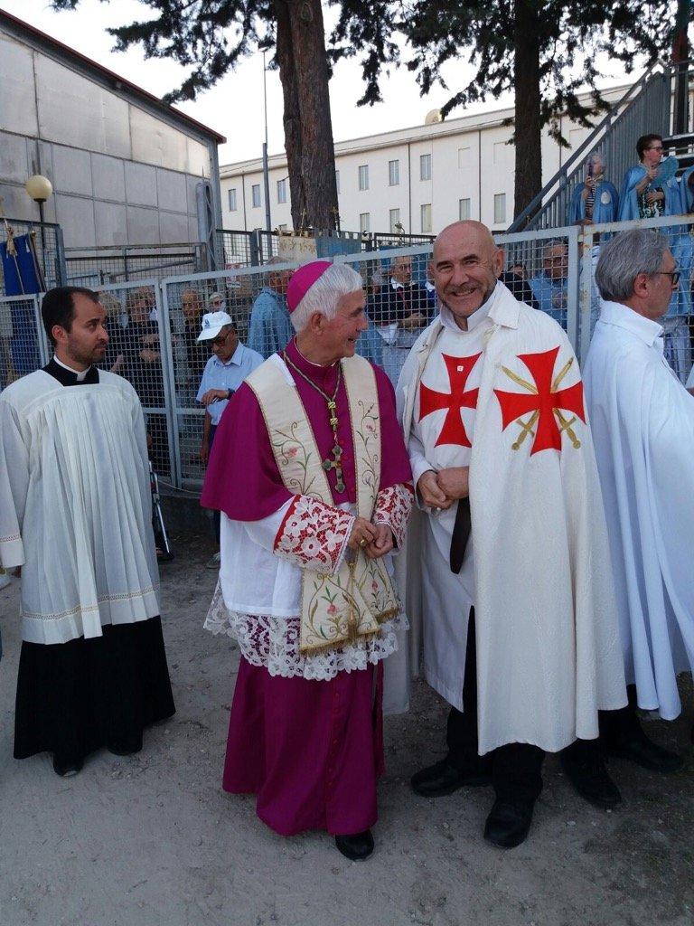 Il Presidente Mauro Giorgio Ferretti con S.E. Mons. D'Ercole