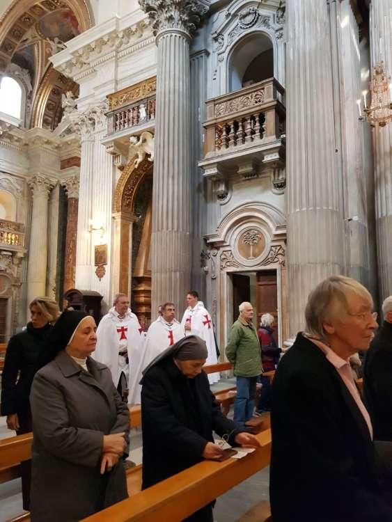 I Templari Cattolici d'Italia partecipano alla celebrazione eucaristica presso Basilica di Santa Maria in Portico in Campitelli a Roma.