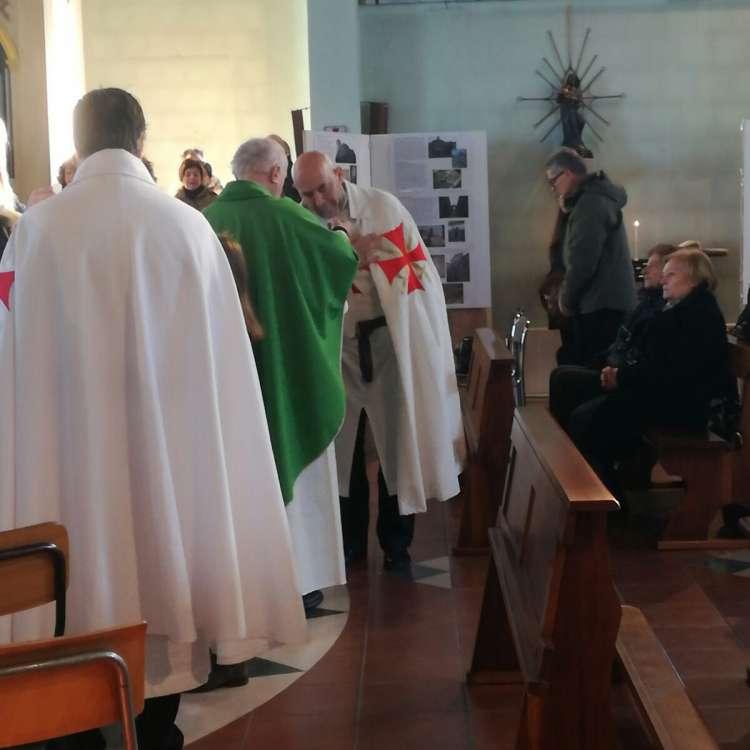 """I Templari Cattolici d'Italia partecipano alla Santa messa presso la chiesa di Santo Stefano a Niviano. A seguire presentazione della mostra """"le orme dei Templari""""."""