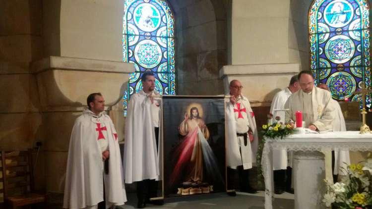 I Templari Cattolici d'Italia ed i Templari Cattolici di Francia partecipano alla Santa Messa in Albis a Lourdes.