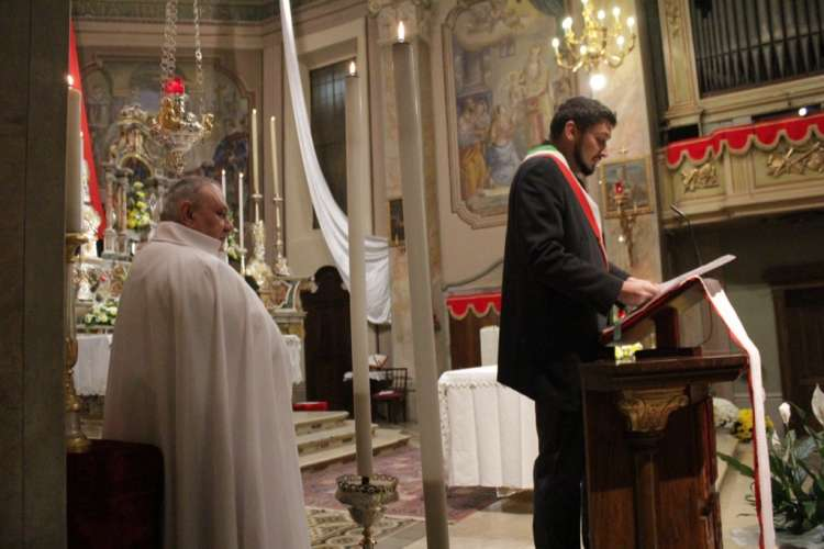 I Templari Cattolici d'Italia partecipano alla celebrazione eucaristica per l'inizio della festa parrocchiale di San Martino di Tours presieduta da S.E. Mons. Pierantonio Tremolada, Vescovo della Diocesi di Brescia.