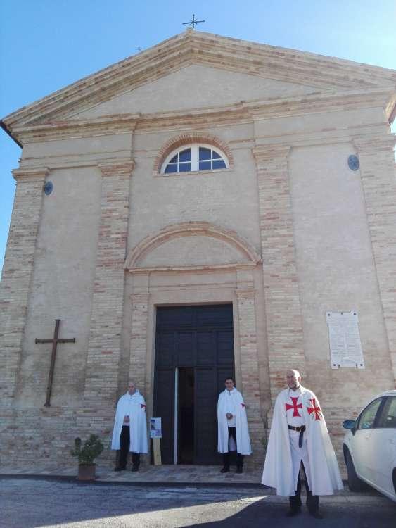 I Templari Cattolici d'Italia partecipano alla Santa Messa nella chiesa Templare di Osimo.
