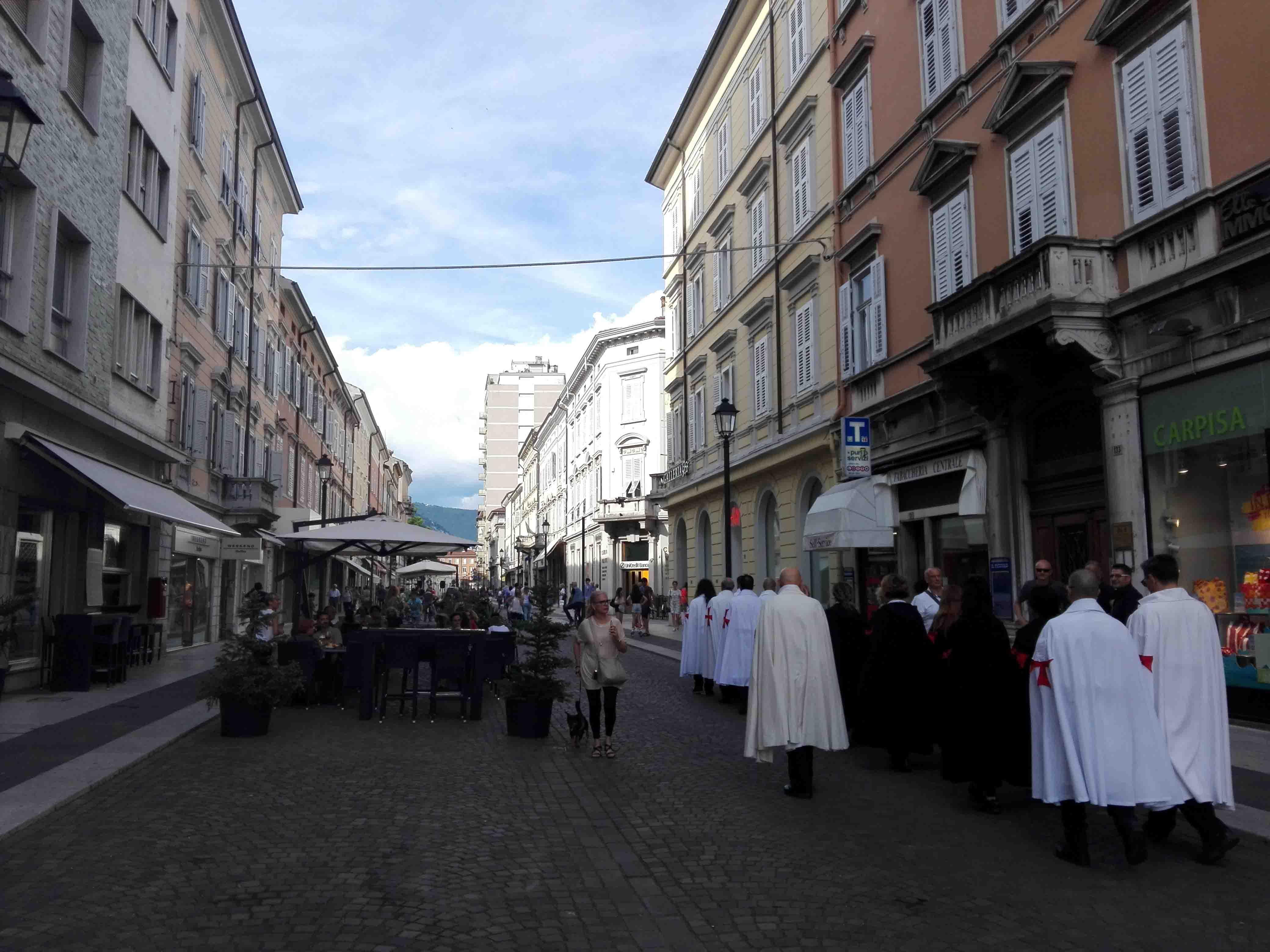 I Templari Cattolici d'Italia partecipano alla Santa Messa in Duomo a seguire camminata silenziosa per la Fede per le vie del centro di Gorizia.