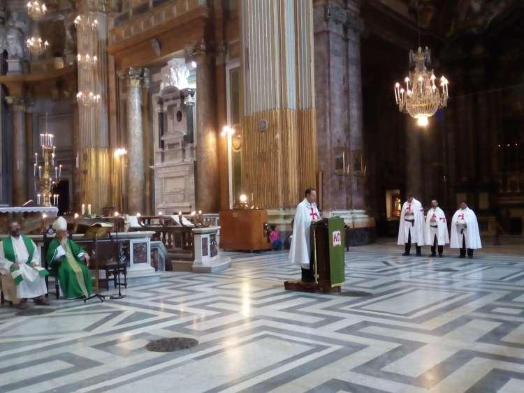 I Templari Cattolici d'Italia partecipano alla celebrazione Eucaristica presso la Basilica Santi XII Apostoli a Roma, presieduta da Sua Eccellenza Monsignor Gianenrico Ruzza Vescovo