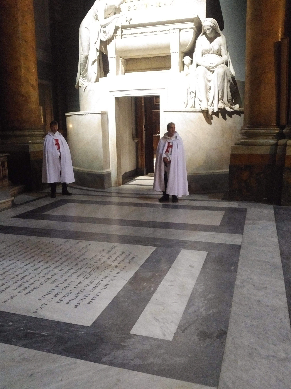 Roma Basilica dei Santi XII Apostoli - Templari foto3