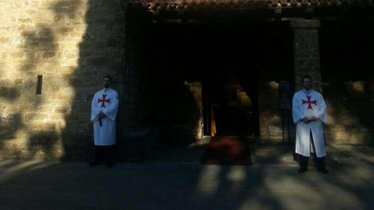 I Templari Cattolici d'Italia prestano servizio di accoglienza pellegrini presso la Basilica di Muggia Vecchia.