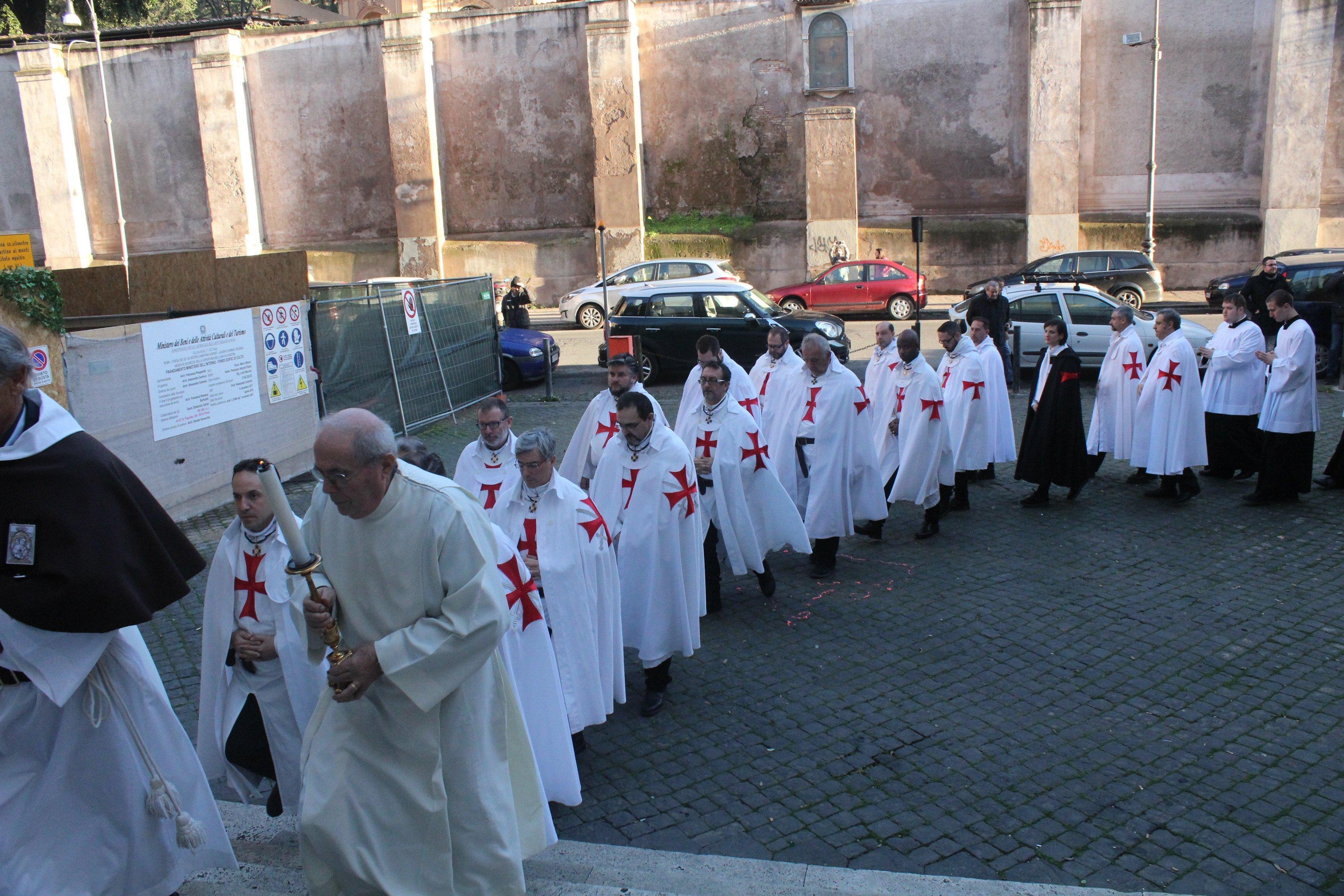 Basilica dei SS. Silvestro e Martino ai Monti - Roma - Templari foto02