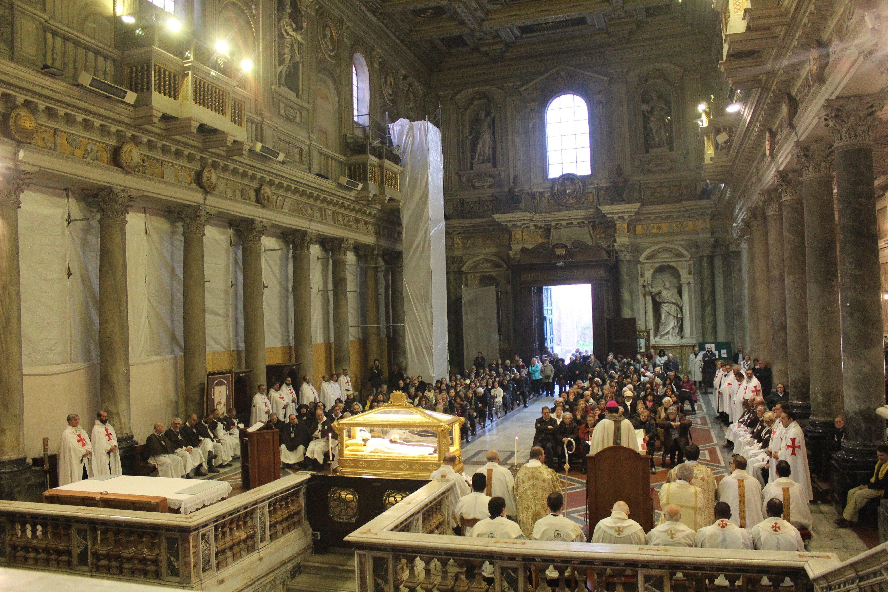 Basilica dei SS. Silvestro e Martino ai Monti - Roma - Templari foto05