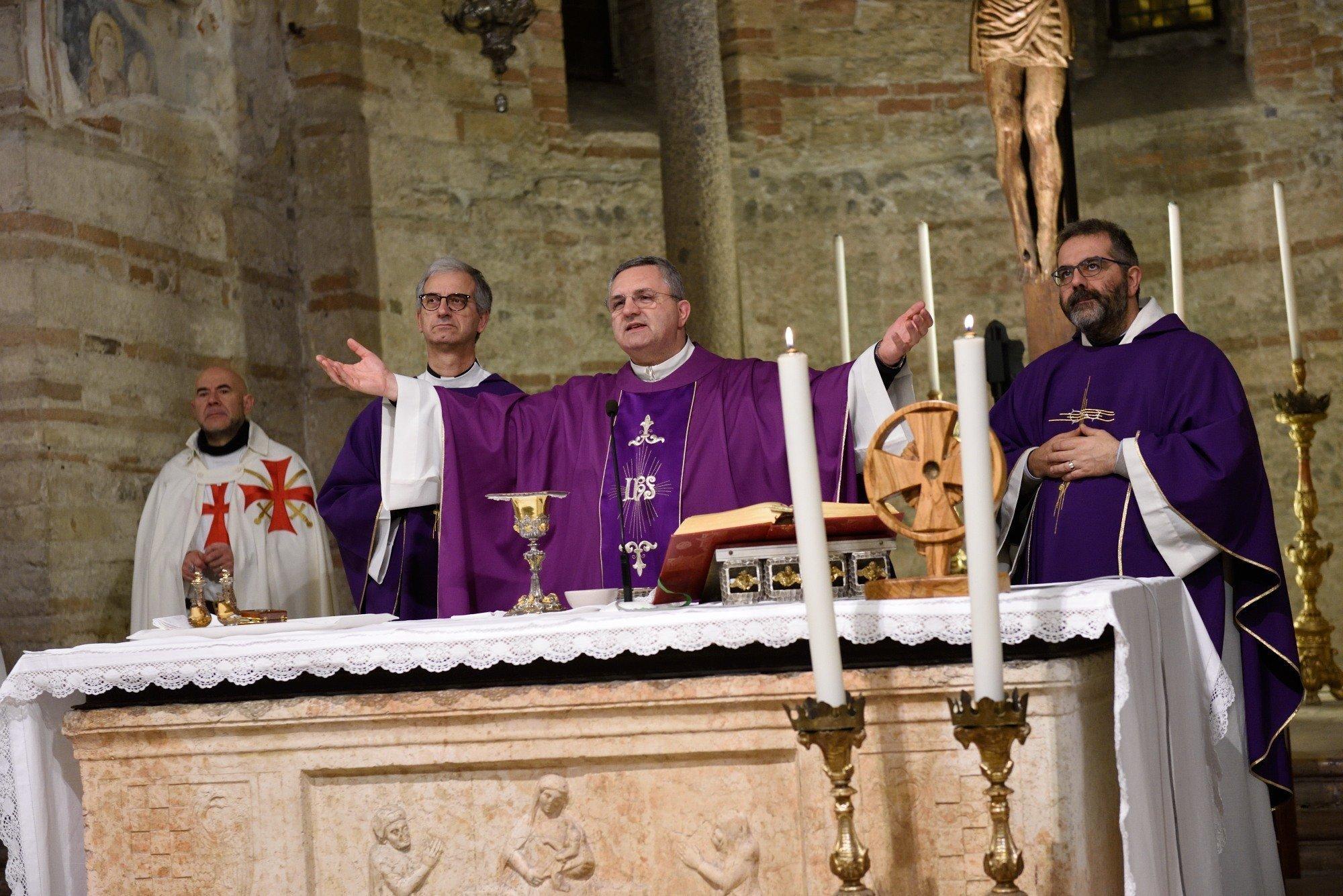 Chiesa di San Fermo - Verona - Templari Cattolici foto 06