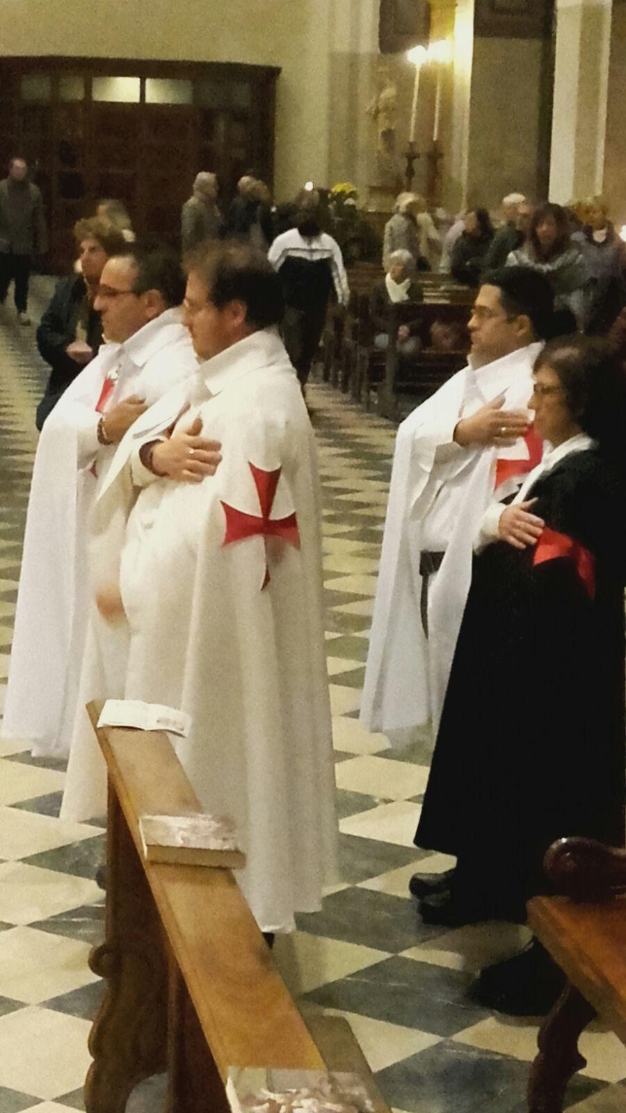 I Templari Cattolici d'Italia in occasione della festività di ogni santi prestano servizio presso il duomo di Udine.