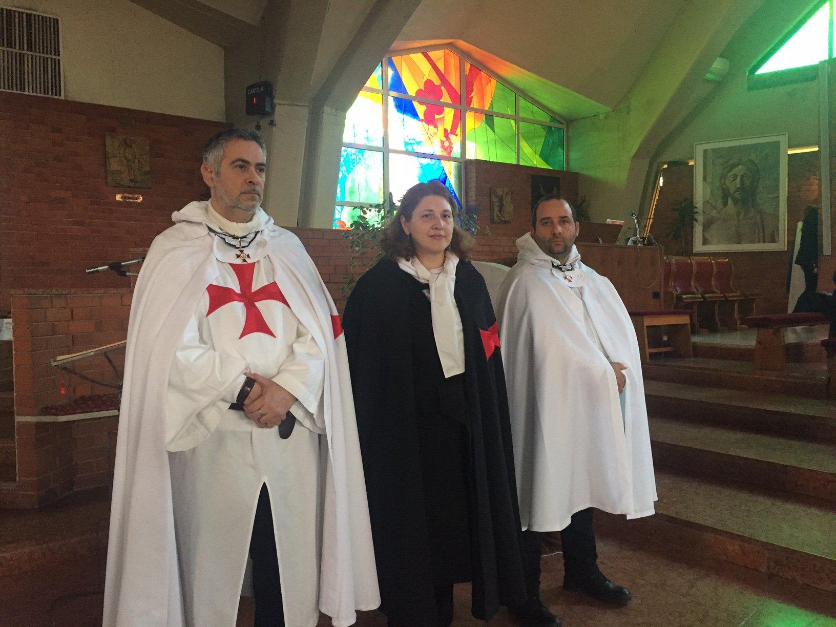I Templari Cattolici d'Italia presidiano la chiesa del Santissimo Nome di Maria